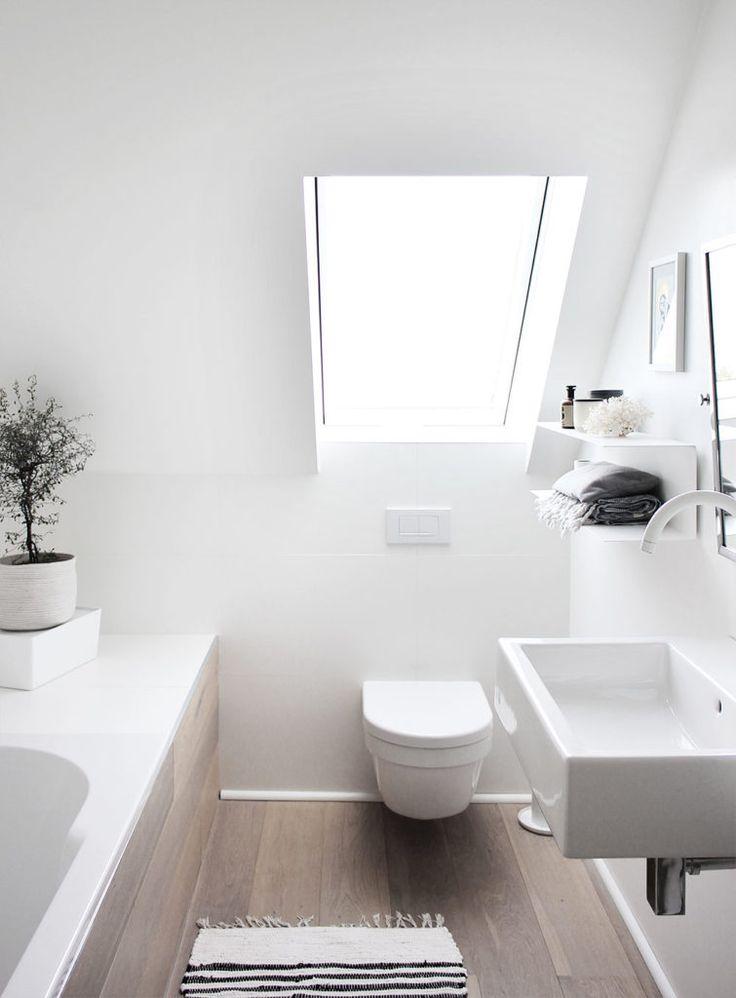 Eine Tour durch unsere Badezimmer – mit meinen geliebten schwarzen + weißen Armaturen