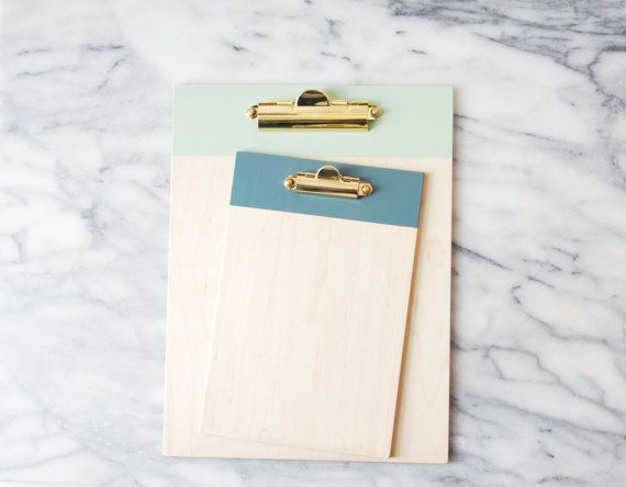 Presse papier avec ferrures en laiton