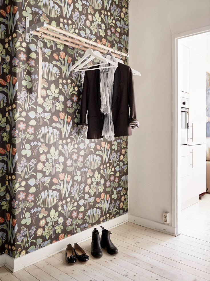Обои в коридоре квартиры (39 фото): практичность и элегантность