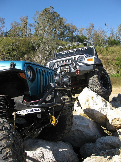 <3 rock climbing the jeep way
