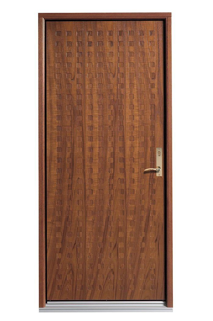 Kvadrat - Danish for square, this door has a pattern of engraved squares throughout its façade.