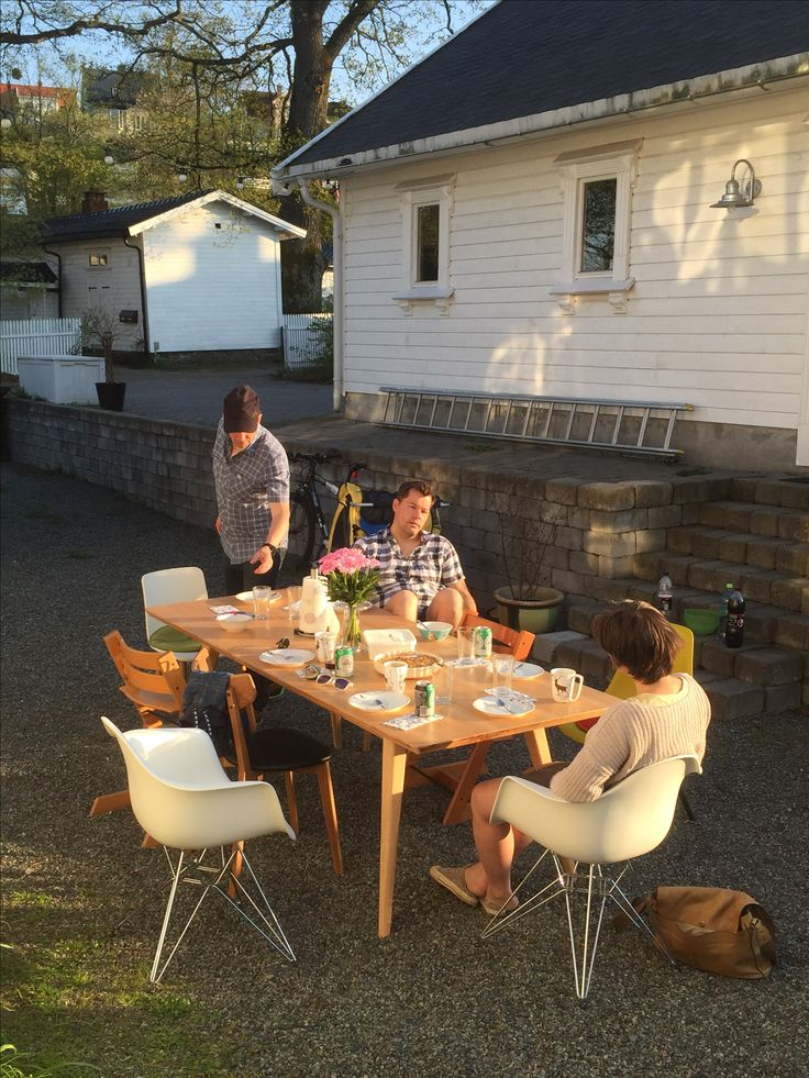 Summer coming! Must get outdoor furniture so we don't have to carry out the kitchentable all the time...