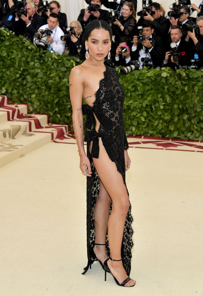 Every Met Gala Red Carpet Look Worth Seeing Celebrity Dresses Met Gala Red Carpet Gala Outfit