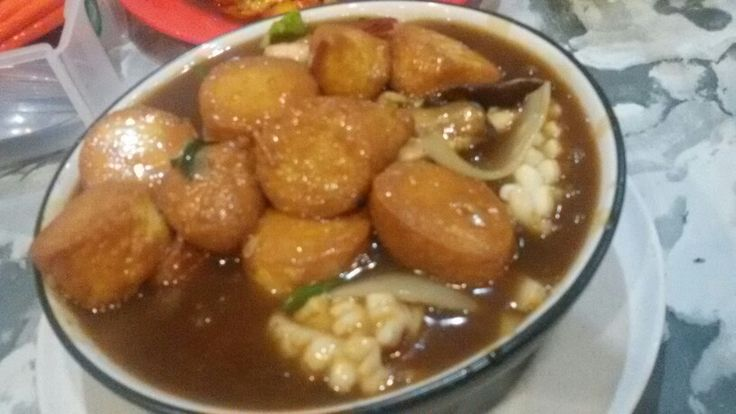 Sapo Tahu (Chinese tofu soup with seafood and vegetables)