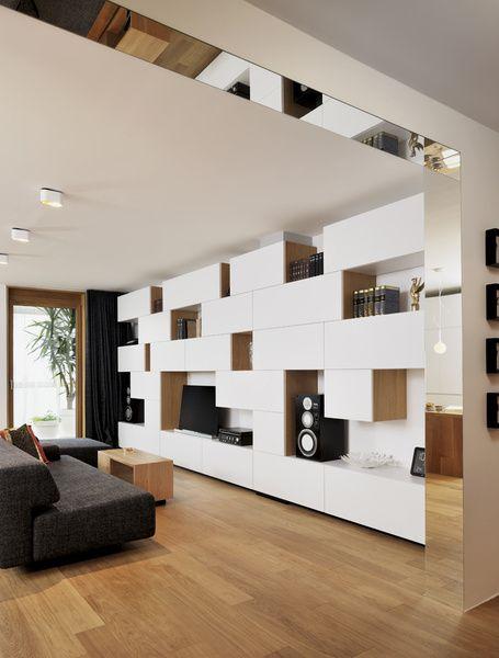 W sprawie przekształcenia w Mieszkanie 1000 METRÓW kwadratowych wag Lublana, Słowenia, Lidija Dragisic z Studio 360 starał sie stworzyć teraz ...