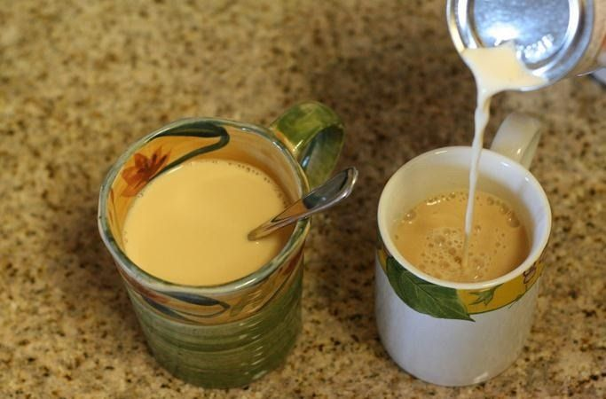 Bebida vegetal de canela y cúrcuma