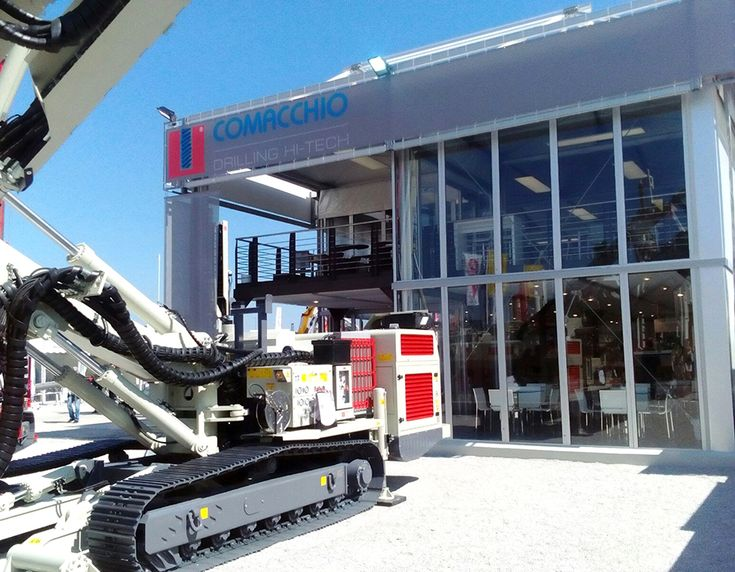Tosetto fabricated the exhibition space of Comacchio – Drilling Hi-Tech, leading company in the drilling industry, at Bauma Trade Fair 2016 in Munich.