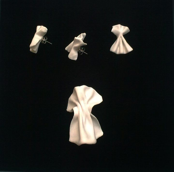 Prokop Chludil- porcelain earrings with brooch