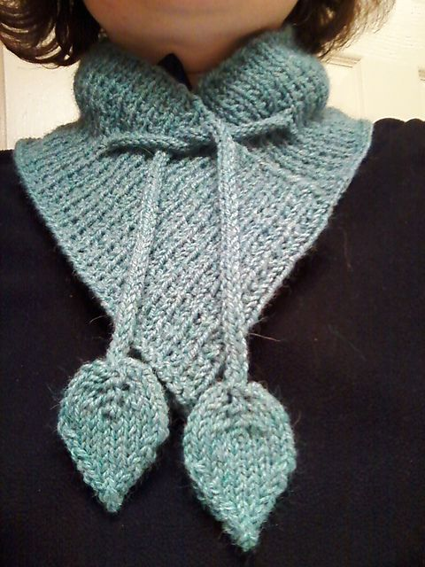 Free knitting pattern for Bainbridge Scarf and more neck warmer knitting patterns