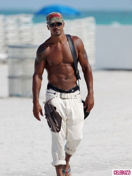 shemar moore... love watching him on Criminal Minds.. Hottie Mc Hotterson!
