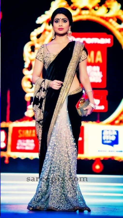 so Beautiful: @Shriya_S Saran in http://www.sabyasachi.com/ #Saree at Micromax SIIMA Awards (Sept) 2014