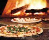 Recept van de pizza al tonno (tonijn)- italiaanse pizzas recepten