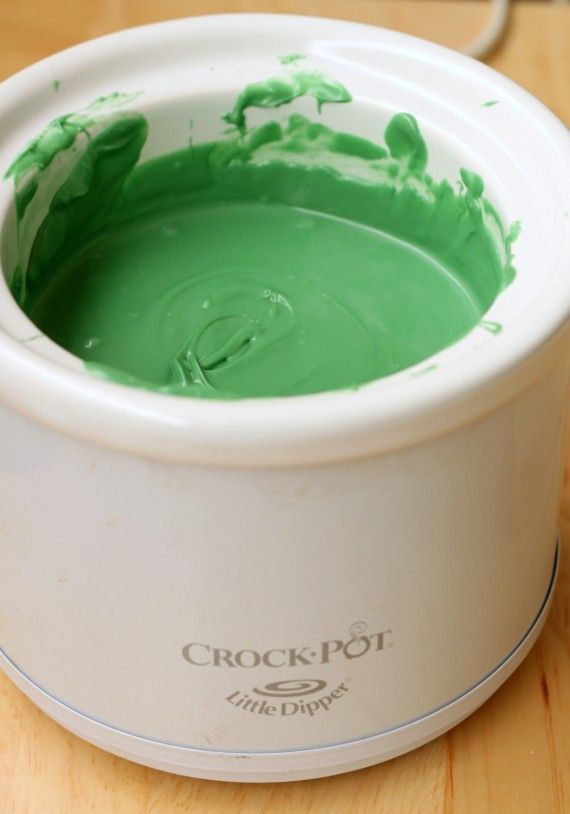 I got a little dipper crock pot just like this one -- I believe it is *essential* to making great dipped cake pops.   ♥