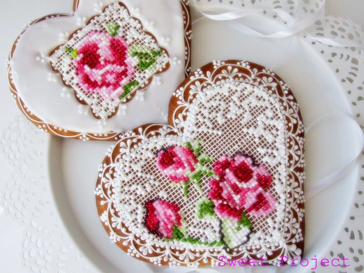 Sweet Project: Pierniki lukrem haftowane...
