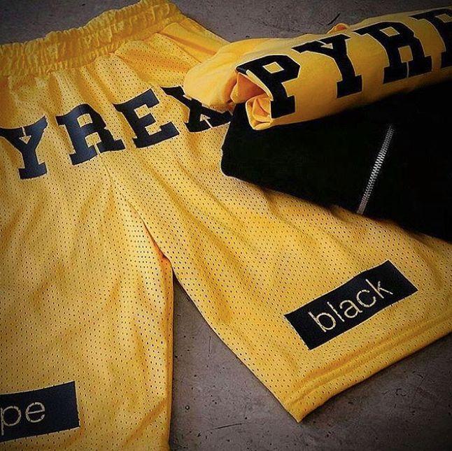 YELLOW STYLE #new #collection #pyrex #pyrexoriginal #pants #yellow #nothingbetter #pyrexstyle #streetstyle #black #dope #tshirt #mylifeispyrex #godsavethestreet