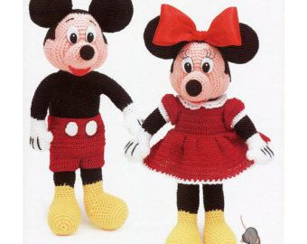 Mickey Mouse Amigurumi Crochet Pattern | Crochet mickey mouse ... | 270x340