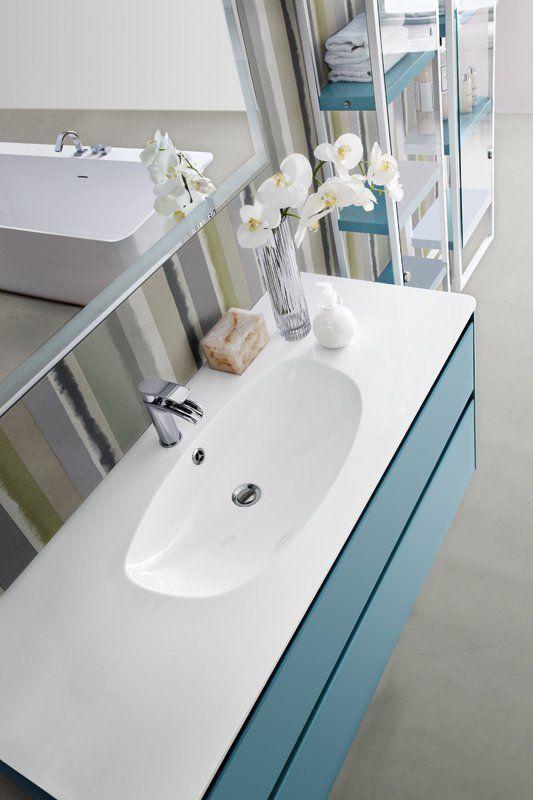 Bagno Joy con finitura colore opaco azzurro http://www.cerasa.it/it_IT/bagni/moderno/joy/Cerasa_bagno_Joy_98_99