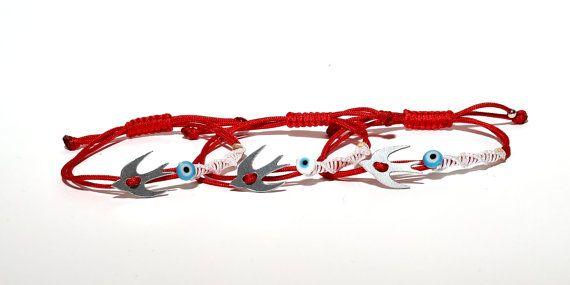 Handmade March bracelet by Frabala on Etsy