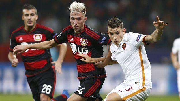 Bayer Leverkusen y AS Roma empataron a cuatro goles en un partido loco de la fecha 3 de la Champions League, donde los dos equipos tuvieron todo en dos fases distintas para administrar una ventaja que parecía difícil de remontar. Octubre 20, 2015.