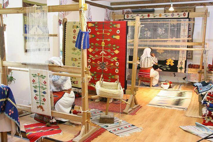 Covoare oltenesti tesute in atelierul Antoanetei Nadu
