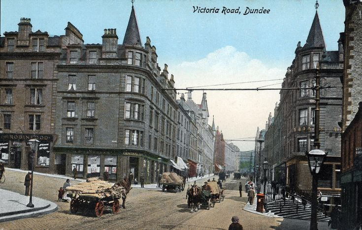 Victoria Road Dundee with Hill Town To The Right, Wellgate Steps To The left | by HelmsdaleDave