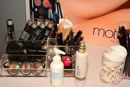Beauty and the Mist - everything about beauty: 3 Products You Don't Need In Your Makeup Case