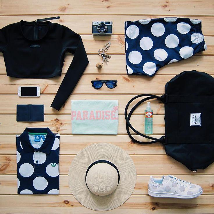 Sea style. Plavky Marshal Apparel, kraťasy, triko, boty Adidas Originals, triko Femi Pleasure, taška, peněženka Herschel Supply, brýle Komono. Vše najdete na www.freshlabels.cz