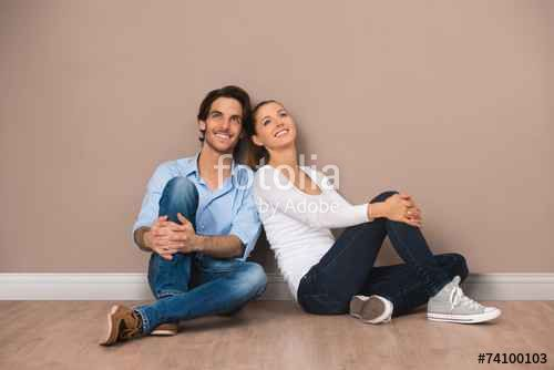 Paar im Eigenheim