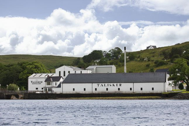 The best whisky distilleries in Scotland, Photo 1 of 5 (Condé Nast Traveller)