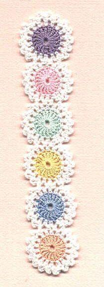 Crocheted Yo-Yo Bookmark Pattern - Wouldn't this make a cute headband?