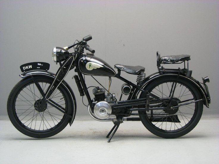Afbeelding van http://www.yesterdays.nl/images/DKW-1938-RT-GtM-2.jpg.