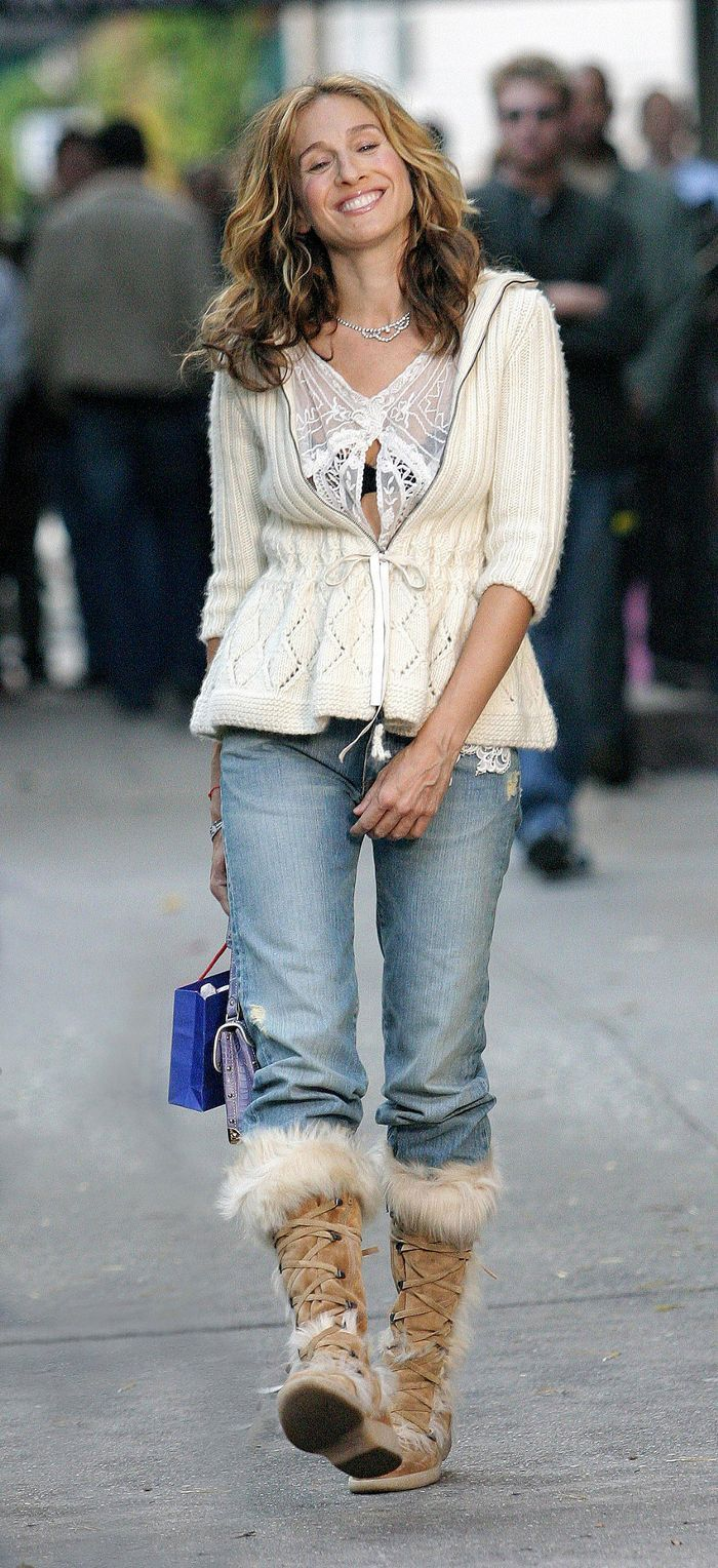a4d9b34acb4 These Rare Carrie Bradshaw Jean Outfits Will Give You Feelings in ...