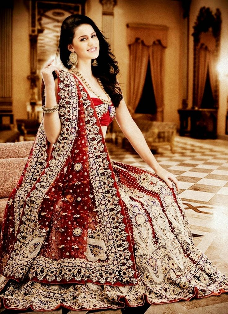 Gorgeous Indian Dresses For Wedding