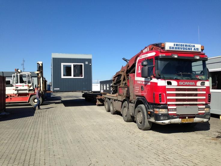 Pavillon på vej mod Frederikshavn i strålende solskin - 2. april