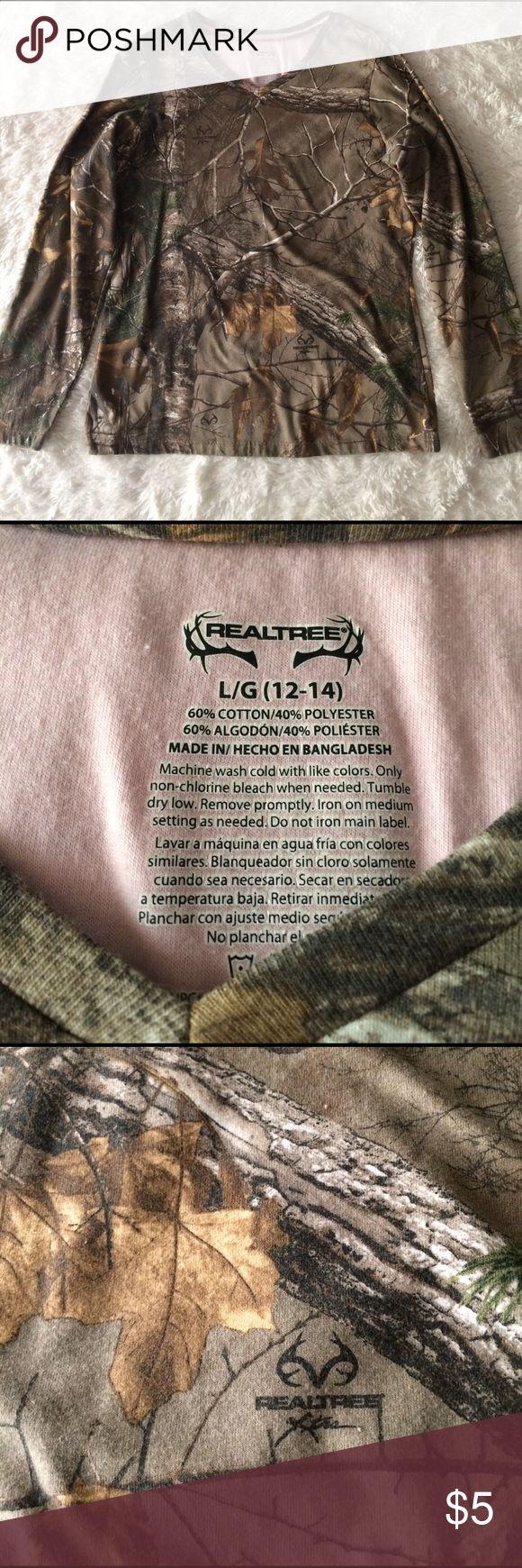Long sleeve camo shirt Long sleeve RealTree Camo Shirt, fitted shirt for a woman RealTree Tops Tees - Long Sleeve