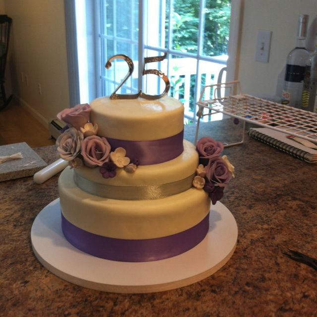 25th Wedding Anniversary Cake Ideas: 27 Best 25th Anniversary Images On Pinterest
