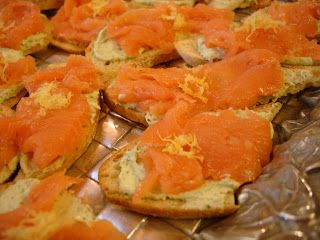 : Smoked salmon and herbed goat cheese toasts #fish #seafood #cheese ...