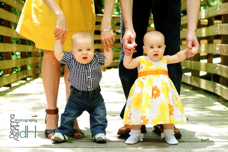 family photos, 6 month babies, twins, #DeannaHurleyPhotography