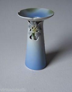Bing&Grondahl Denmark 1988 L.E. Porcelain  6488 Iris Vase/Candleholder