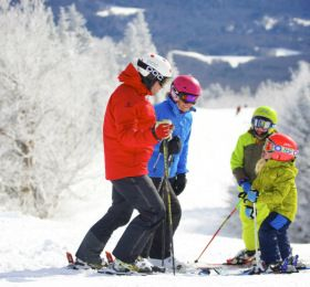 Superb Ski Deals for Family Fun on the Slopes
