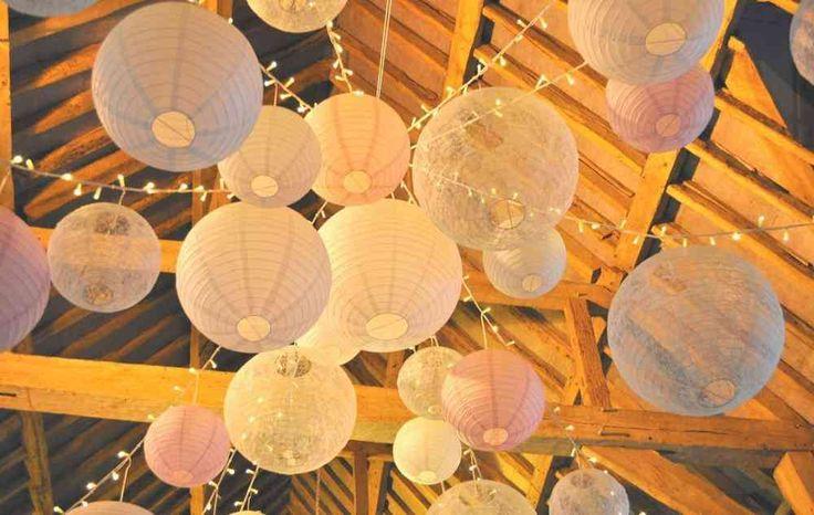 Feestelijke ronde papieren lantaarns