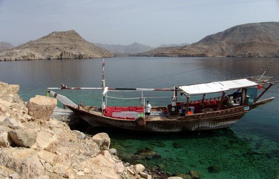 Oman | Docking at Telegraph Island, Musandam. credit: Mark Kirchner #oman