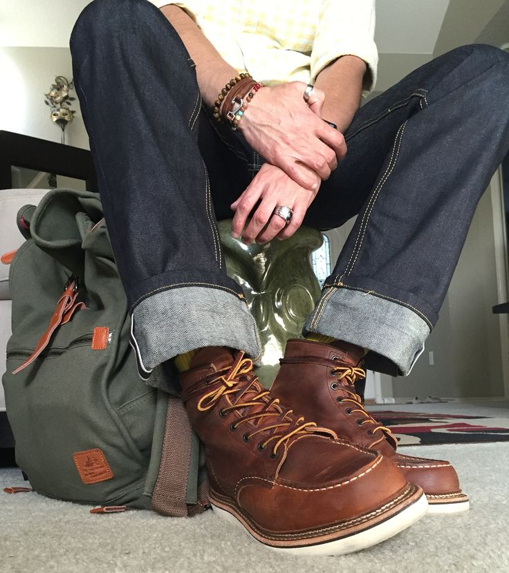 Red wing Moc toe boot 1907 #mens #RedWing #RedwingBoots #RedWingHeritage Thanks to @H2Olifeaqua at instagram.