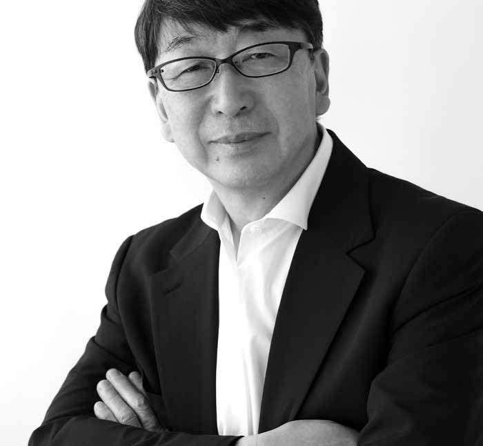 Toyo Ito, ganador de el Pritzker Architecture Prize 2013; Japón regresa a la cima      La distinción ha recaído en el Arq. Japonés Toyo Ito, quien entre sus obras representativas cuenta con la Mediateca de Sendai y el pabellón diseñado para la Serpentine Gallery.    Con él, Japón suma su sexto ganador del prestigiado premio, pues anteriomente lo han obtenido sus compatriotas Kenzo Tange, Fumihiko Maki, Tadao Ando, Kazuyo Sejima y Ryue Nishizawa (SANAA).