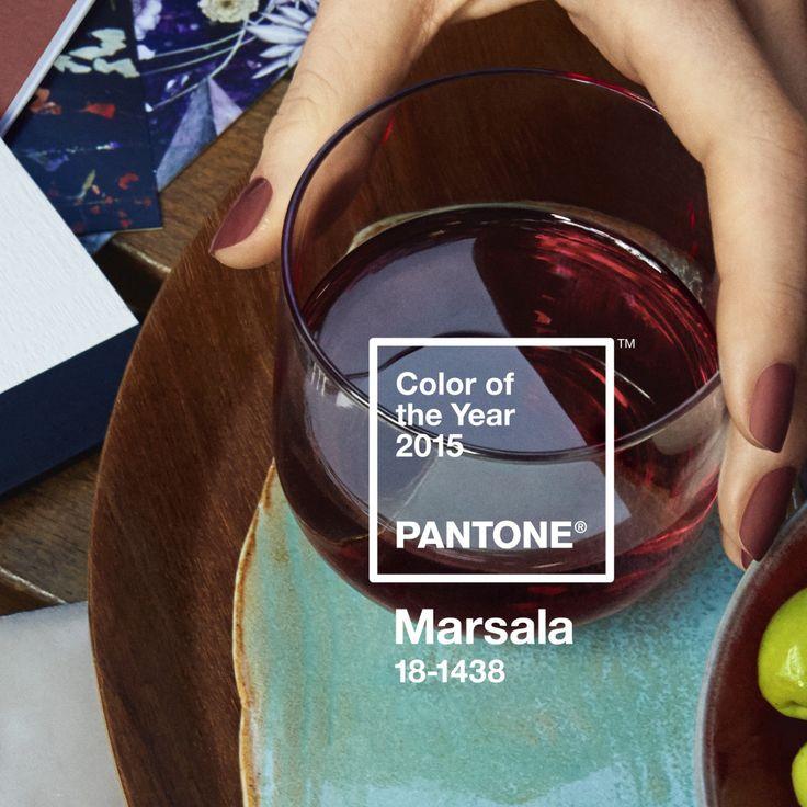 """Annunciato oggi il """"Colore dell'anno"""" per il 2015: #PANTONE® 18-1438 Marsala, un rosso terroso, dotato di naturale vigore. #homedecor #marsala"""