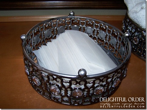 Love this -- A Beautiful way to store dryer sheets for easy access.