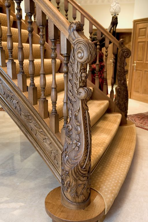 Wooden Hand carved staircase – Smet UK - seriously amazing work - such extraordinary craftsmanship...x