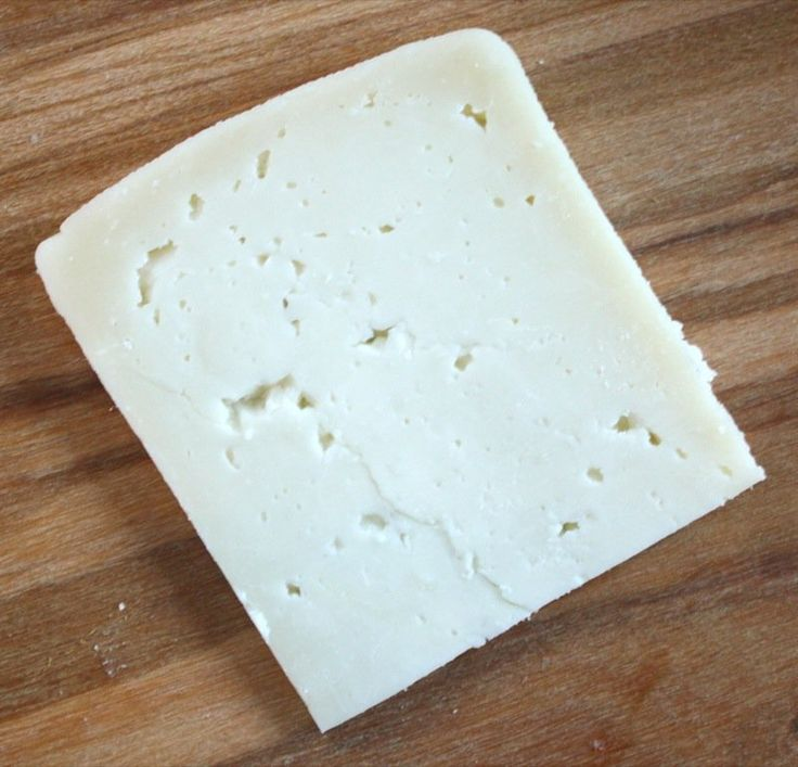 A step by step photo essay making handmade artisanal Welsh Caerphilly Cheese at home using the cheddaring process: one of the Cheesepalooza Project Cheeses!
