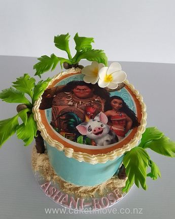 "Moana themed 6"" chocolate cake with Italian meringue buttercream and chocolate trees   #moana   #italianmeringuebuttercream   #chocit #cakesnorthland #childrenscakes #cakeswhangarei #caketinlove"