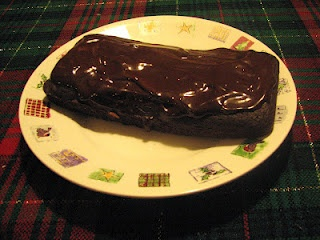 Healthy chocolate cake with frosting!  102 calories per serving and fat free. Compare that to normal cake with over 200 calories and 10 grams of fat per slice! Vegetarian with vegan option.